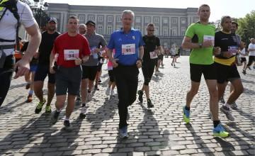 """Felipe de Bélgica; el """"Rey Runner"""""""