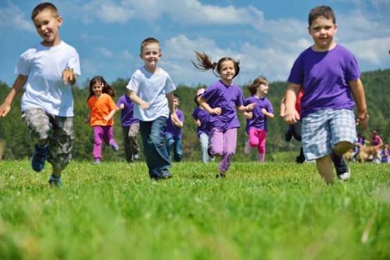 De niños sonrientes, manadas que corren y vidas que cambian