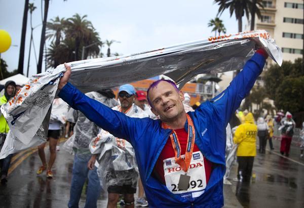 Flea red hot Chilli Peppers Marathon maratonista runner locos por correr 03