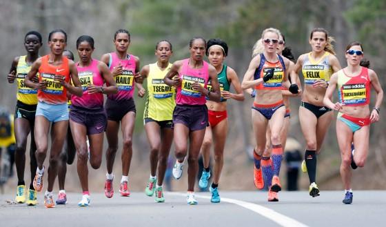 Mujeres controlan mejor que los hombres el ritmo de maratón