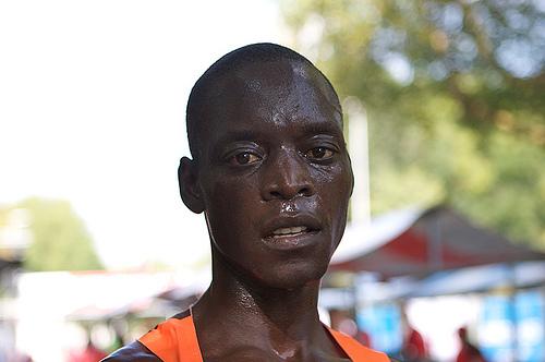 Leonard Komon: el más rápido de las calles