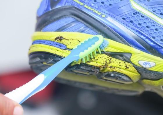 ¿Cómo lavar las zapatillas de running sin dañarlas?