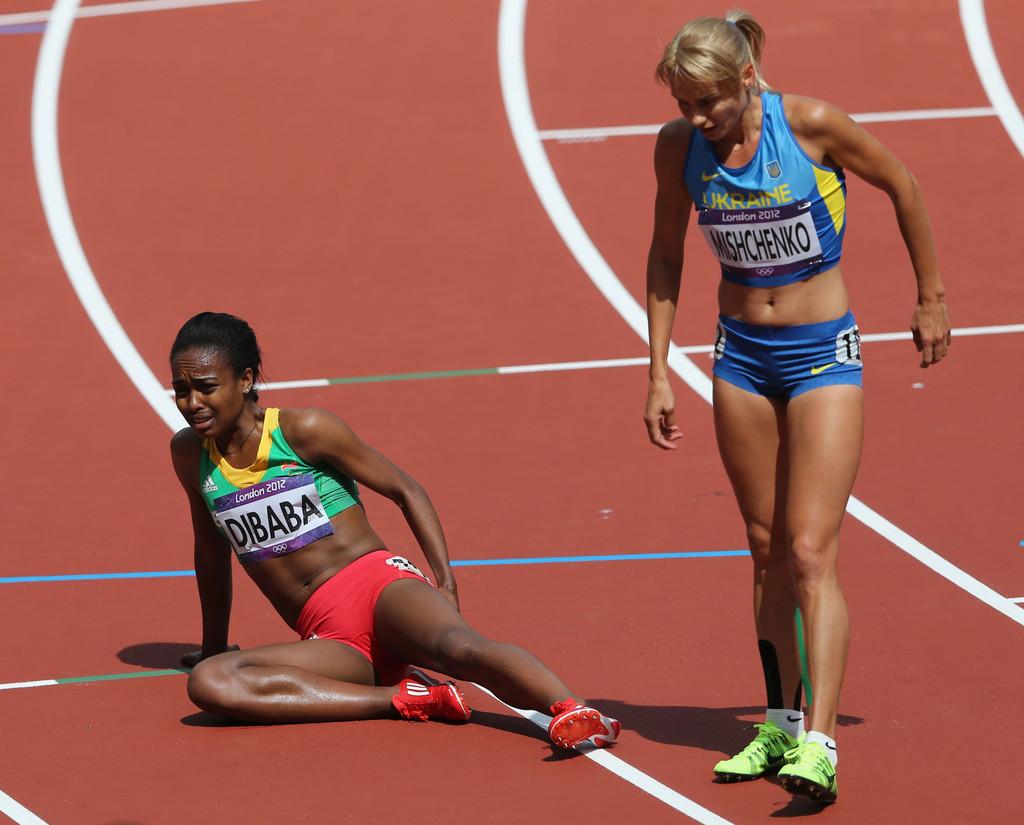 Genzebe Dibaba Record mundial locos por correr video 04
