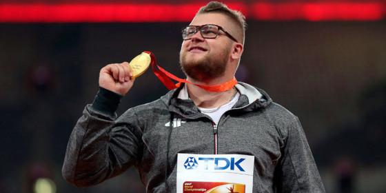 Beijing: Atleta se emborracha y paga el taxi con una medalla de oro