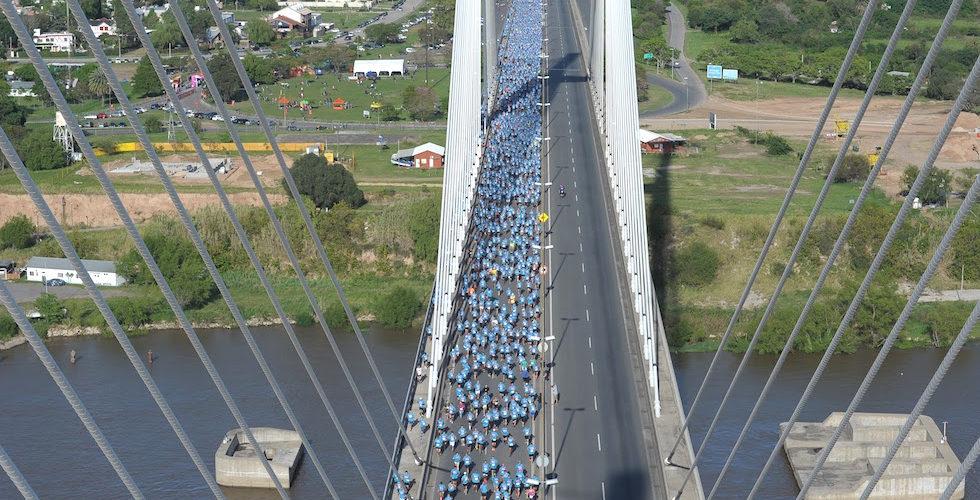 """La """"Maratón del Puente"""" en Rosario cambia de fecha"""