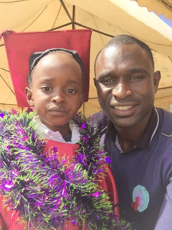 David Rudisha y su hija - Locos por correr