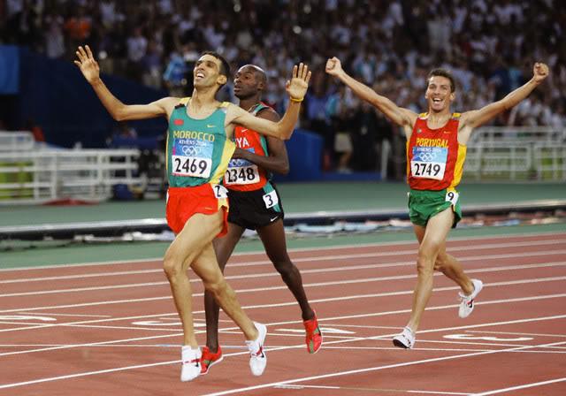 El Guerrouj final 1500 metros Atenas 2004 Locos por correr