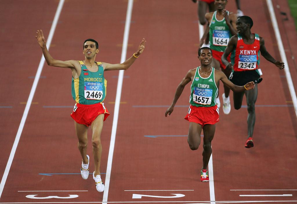 Hicham El Guerrouj Atenas 2004 final 5000m Locos por correr