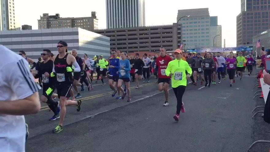 Niña corre media maraton por error 01