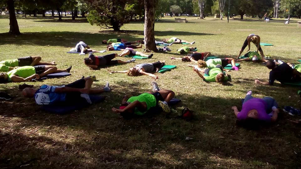 Estiramiento post entrenamiento - Actitud Deportiva Running Team