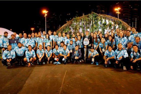 La bandera argentina ya flamea en la Villa Olímpica de Río de Janeiro