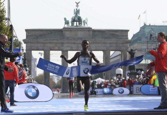 """Contacto Global – Rubén Romero """"Cómo corrieron Bekele y Kipsang en Berlin"""""""