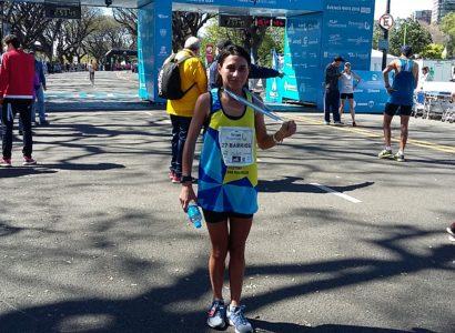 """ENTREVISTA – Adela Barrios """"Fue un triunfo bajar la marca personal en el maratón de Buenos Aires"""""""