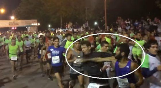 Running violento: le dio una trompada a otro corredor en la largada de una carrera