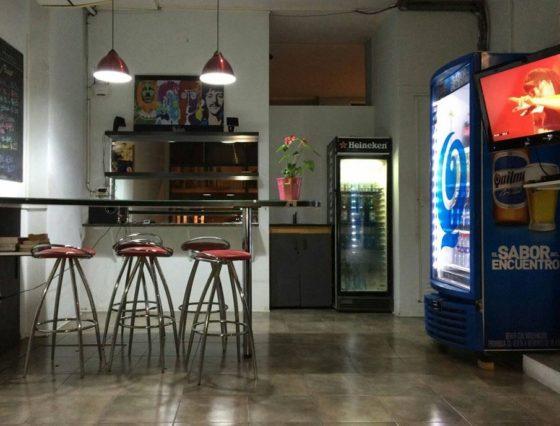 """Alojamiento en Buenos Aires para los 42k: últimos lugares en el """"hostel maratoniano"""""""