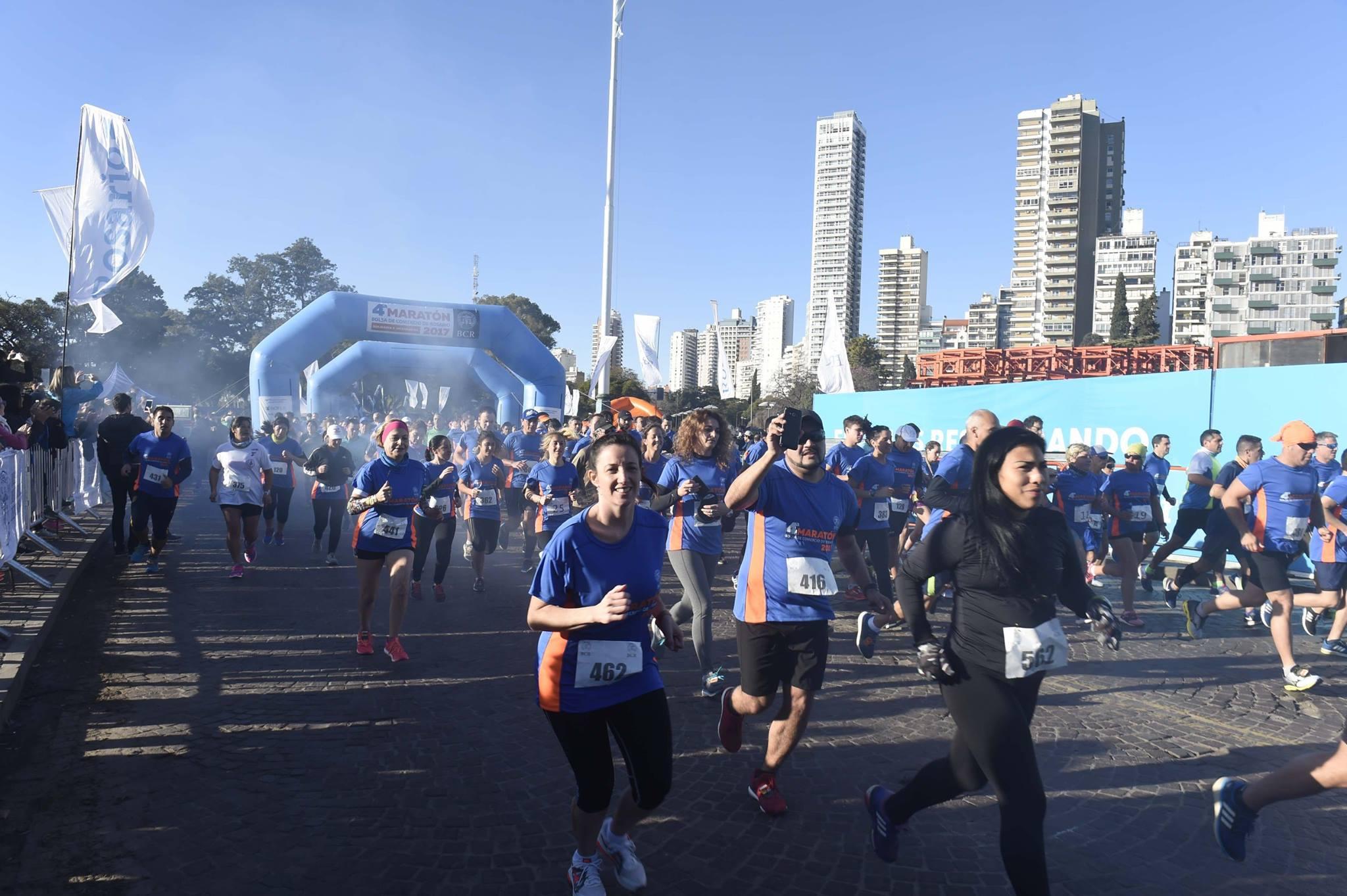 Maraton BCR 2018 Locos Por Correr 02