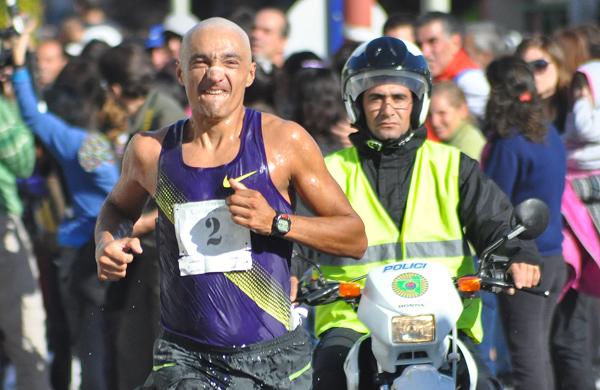 Indio cortinez entrevista locos por correr