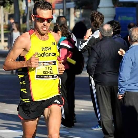 Matias Schiel Locos por correr 02