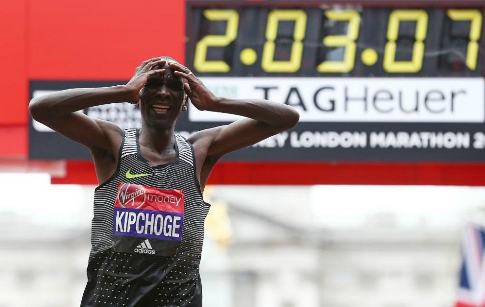 Eliud Kipchoge London Marathon resultados londres fotos locos por correr 01