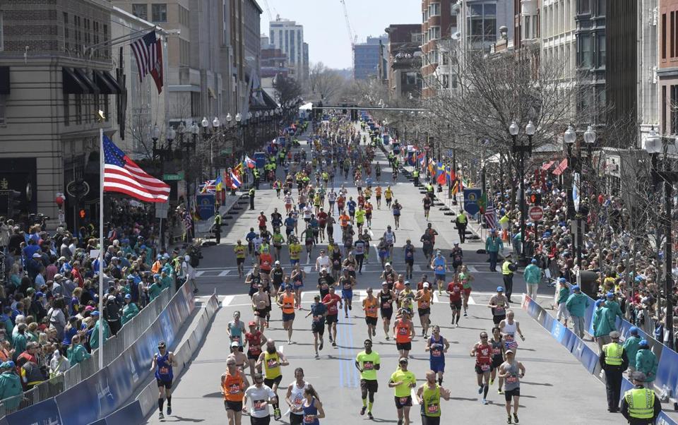 Boston Marathon 2017 resultados fotos transmision en vivo locos por correr 01
