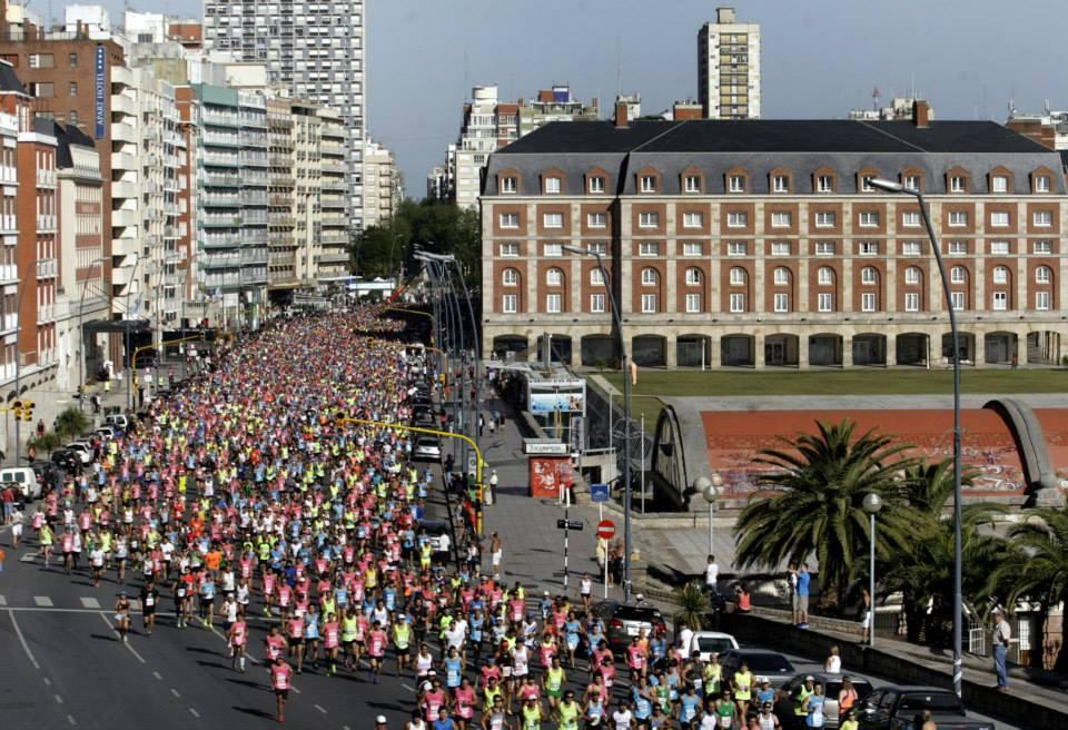 Maraton de MAr del plata 2017 inscripciones fecha fotos resultados locos por correr 01