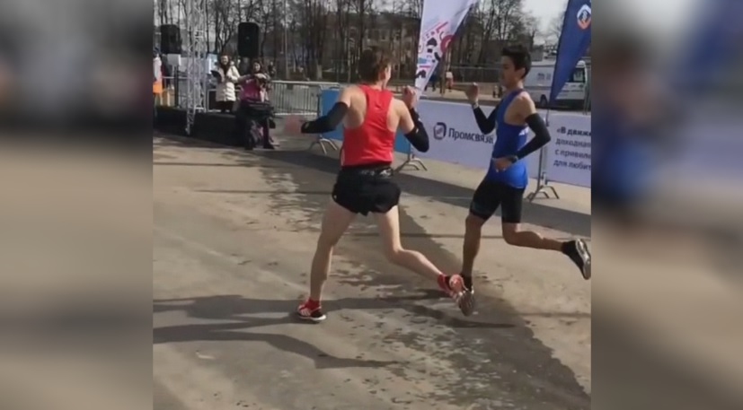 Piedra papel o tijera carrrera Rusia video locos por correr
